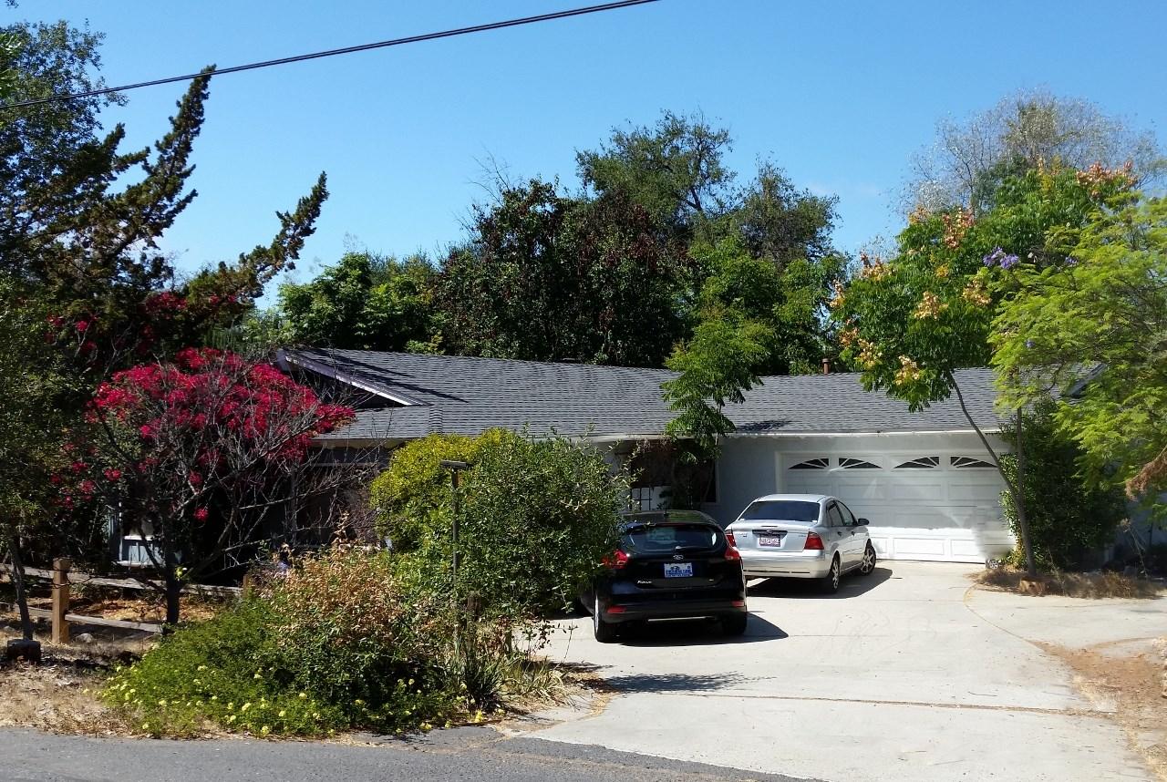 1768 Chapulin Ln, Fallbrook, CA 92028