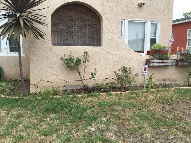 4625-4627 50th, San Diego, CA 92115