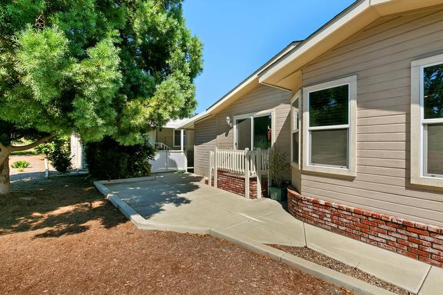 525 W El Norte #SPC 97, Escondido, CA 92026