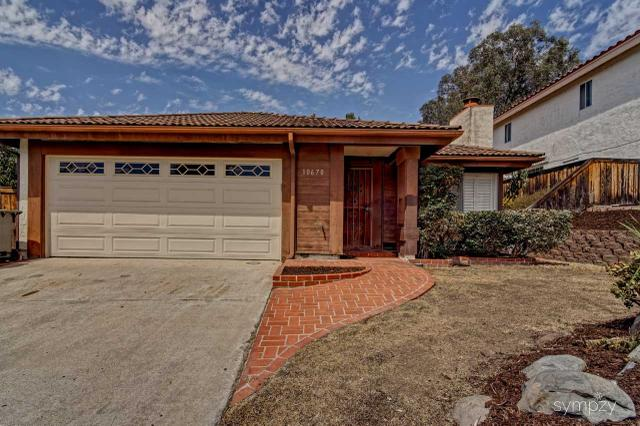 10670 Villa Bonita, Spring Valley, CA 91978
