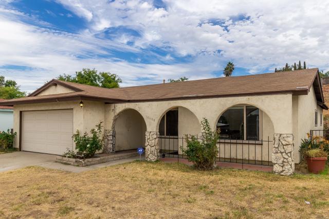 10608 2nd St, Santee, CA 92071