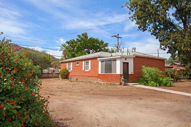 11607 Lakeside Ave, Lakeside, CA 92040