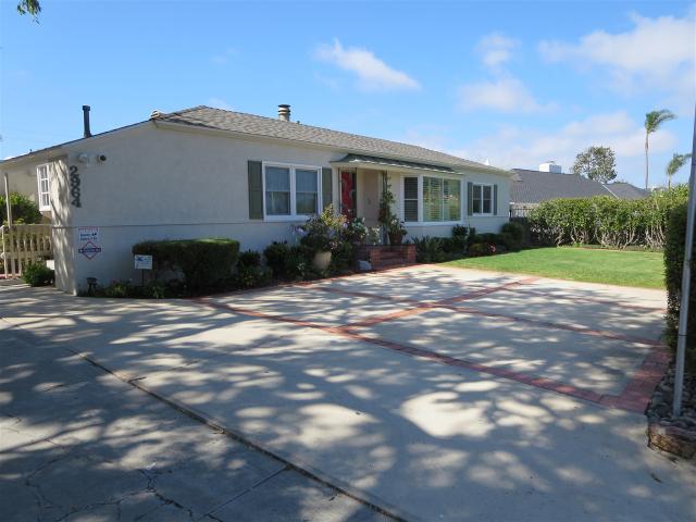 2964 Chatsworth Blvd, San Diego, CA 92106