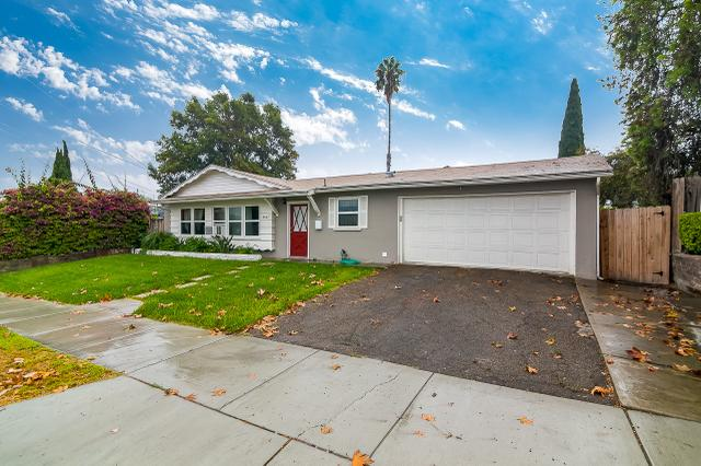 8867 Lance Ave, Spring Valley, CA 91977