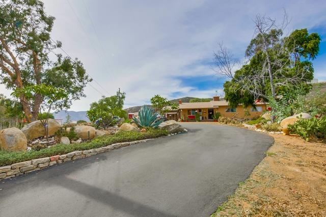 2822 Pioneer Way, Jamul, CA 91935