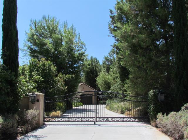 18307 Rousillon, San Diego, CA 92128