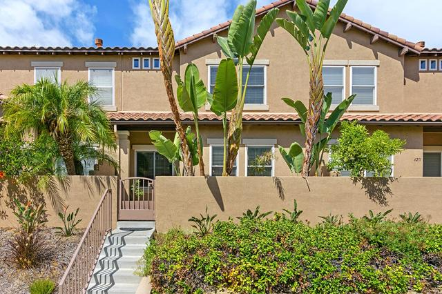 6273 Citracado Cir, Carlsbad, CA 92009