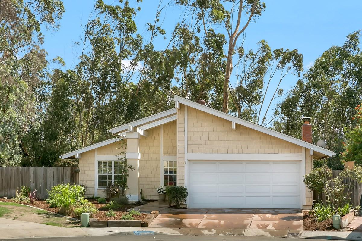 11307 Red Cedar Ln, San Diego, CA 92131