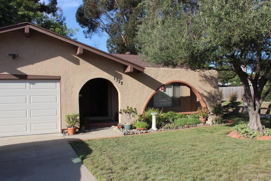 1322 Shadow Hills Dr, San Marcos, CA 92069