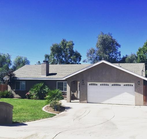 235 Morro Rd, Fallbrook, CA 92028
