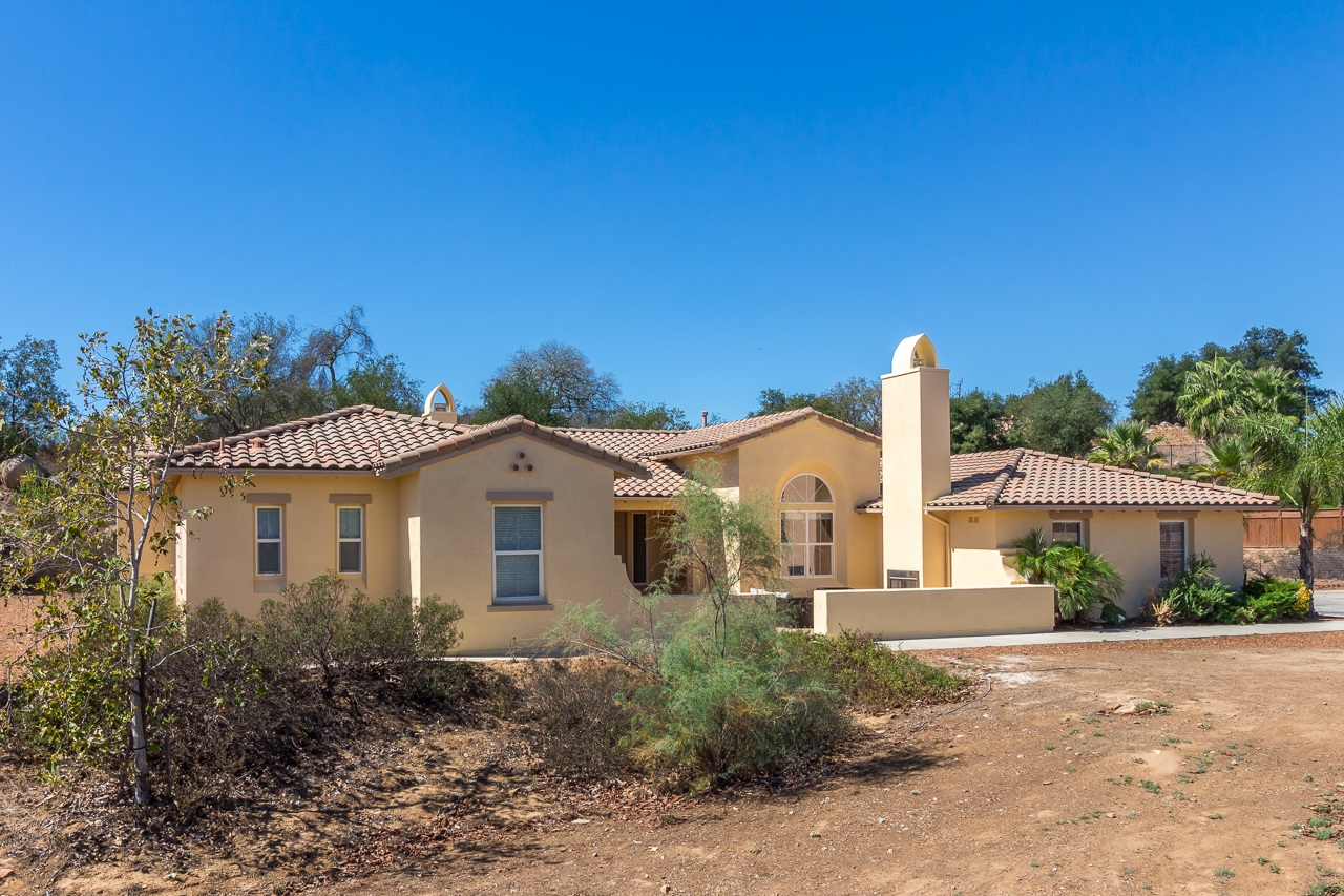 27118 Tumbleweed Trail, Valley Center, CA 92082