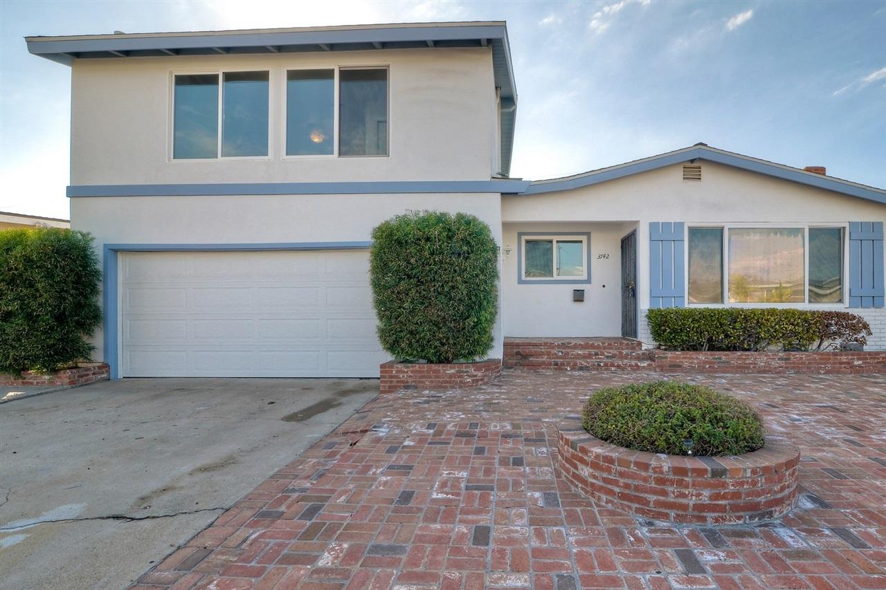 3742 Armstrong, San Diego, CA 92111
