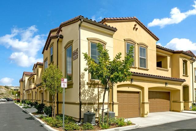 6645 Canopy Ridge Ln #19, San Diego, CA 92121