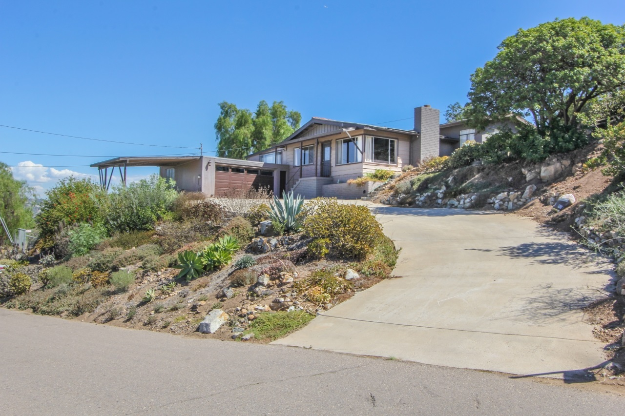 9316 Crest Drive, Spring Valley, CA 91977