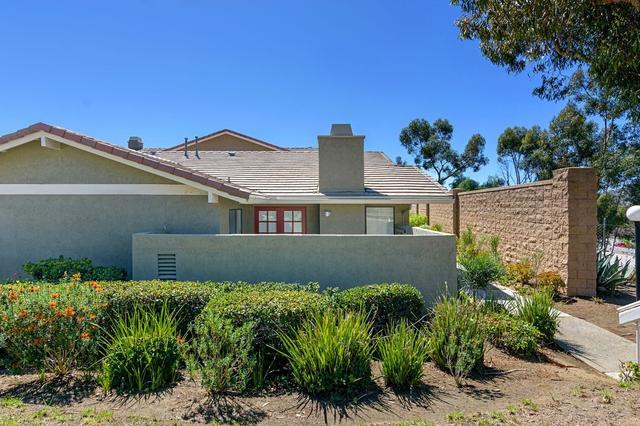 17625 Fairlie Rd, San Diego, CA 92128
