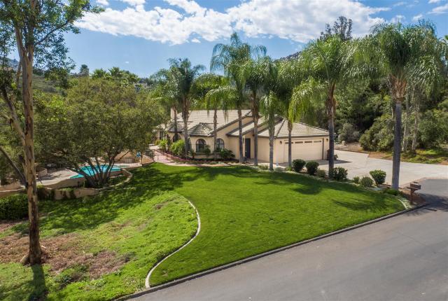 16515 Shady Oaks, Ramona, CA 92065