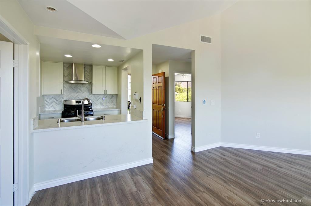 3007 Golden Oak Way, Spring Valley, CA 91978