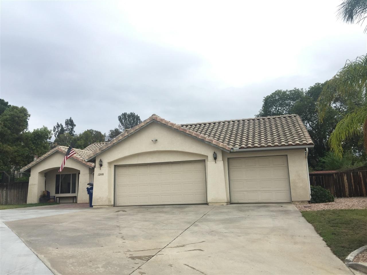 12088 Sterling Hill Lane, Lakeside, CA 92040