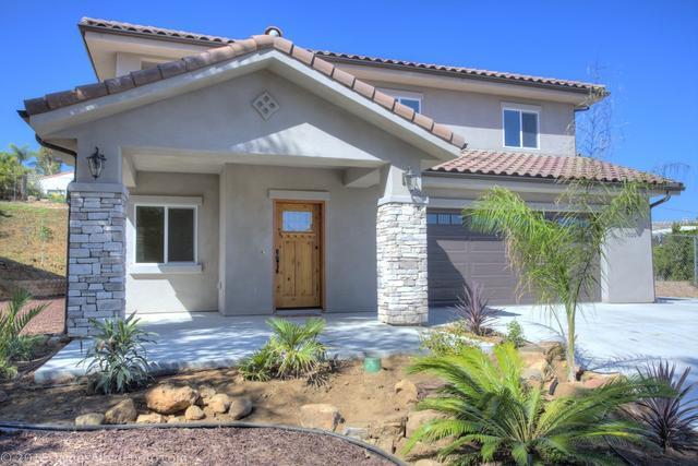 1020 Turtle Dove Ln, Escondido, CA 92026