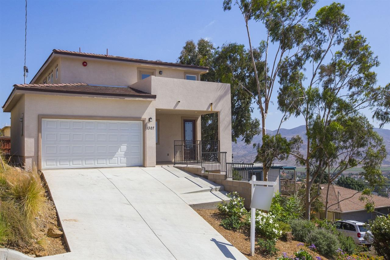 1307 Ramona Avenue, Spring Valley, CA 91977