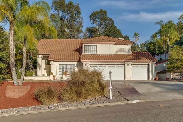 1563 Avenida Arriba, El Cajon, CA 92020