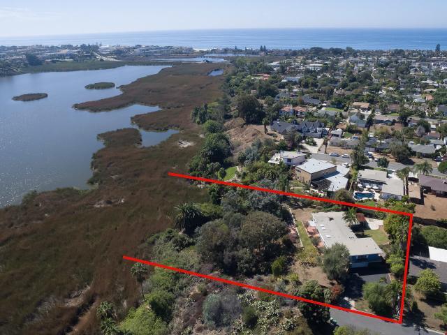 2025 Stewart St, Oceanside, CA 92054