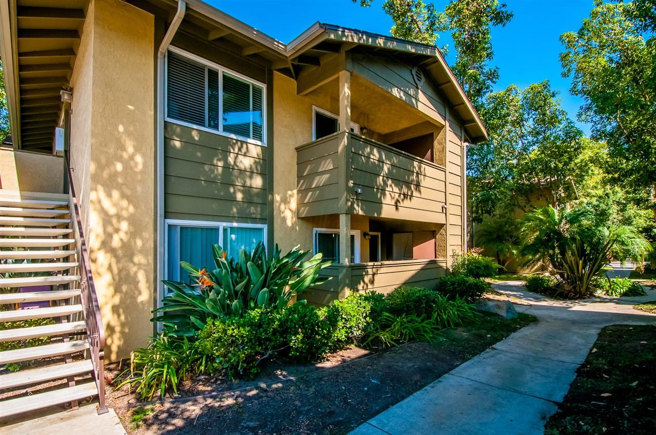 180 Avenida Descanso #F, Oceanside, CA 92057
