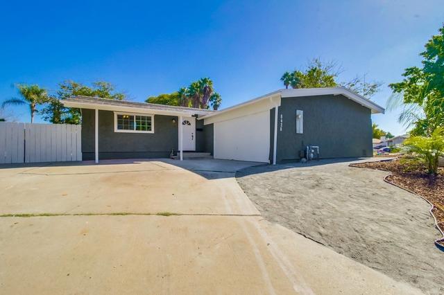 8428 Lomker Way, Santee, CA 92071