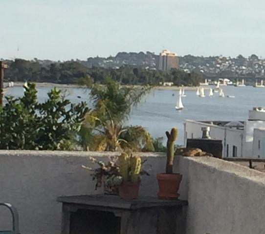 1323 Pacific Beach Dr #F, San Diego, CA 92109