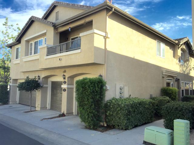 2560 Garnet Peak Rd, Chula Vista, CA 91915