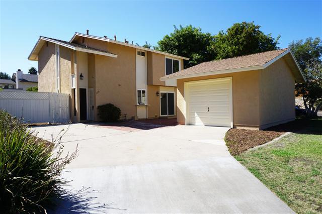 2118 Delltop Ln, Spring Valley, CA 91977