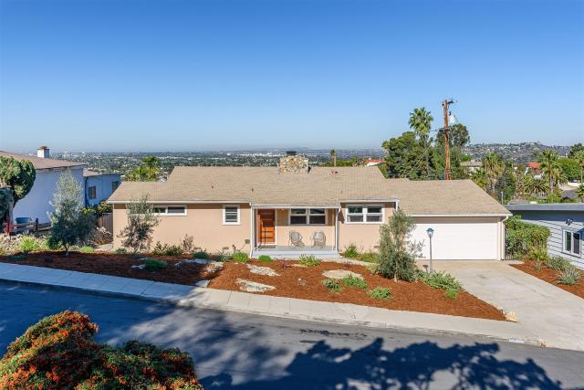 4394 Summit Dr, La Mesa, CA 91941
