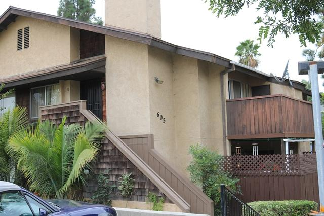 605 R Ave #12, National City, CA 91950