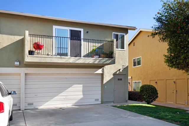 10533 Caminito Rimini, San Diego, CA 92129