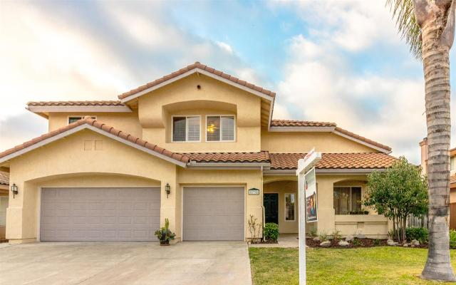 5738 Dartmoor Cir, Oceanside, CA 92057
