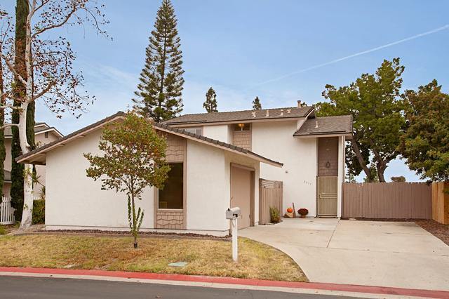 2235 Ledgeview Ln, Spring Valley, CA 91977
