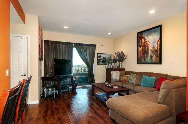 5451 Soho View Ter #410, San Diego, CA 92105