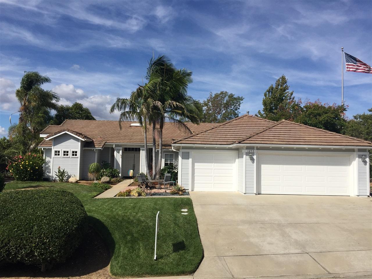 1253 Calle Sonia, Fallbrook, CA 92028