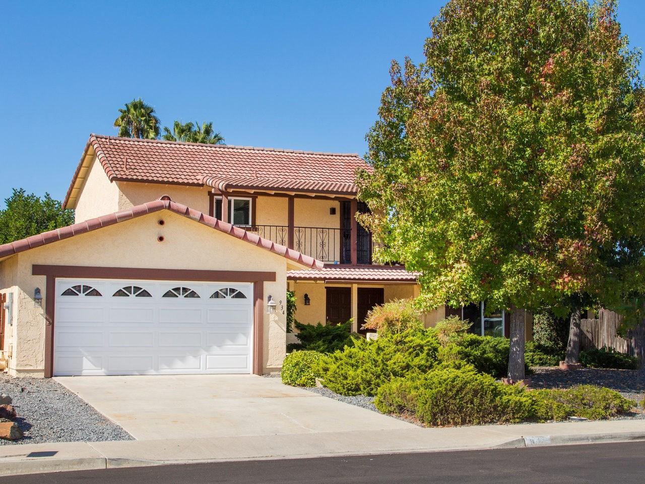 934 Lacebark, San Marcos, CA 92069