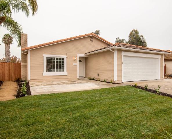 3373 Hollowtree Dr, Oceanside, CA 92058