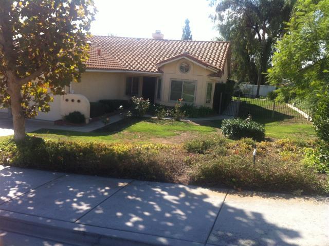 1057 Sunset Heights Rd, Escondido, CA 92026