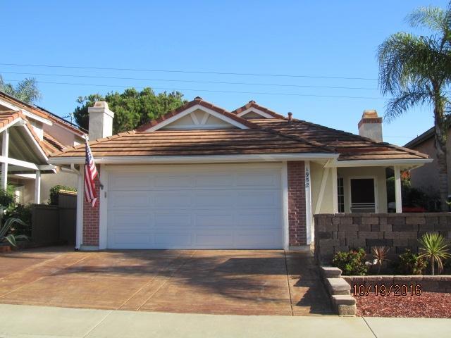 1952 Rosewood St, Vista, CA 92081