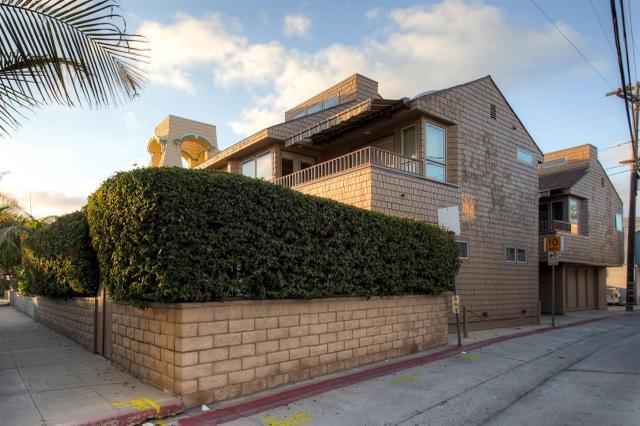 824-826 Cohasset Ct, San Diego, CA 92109