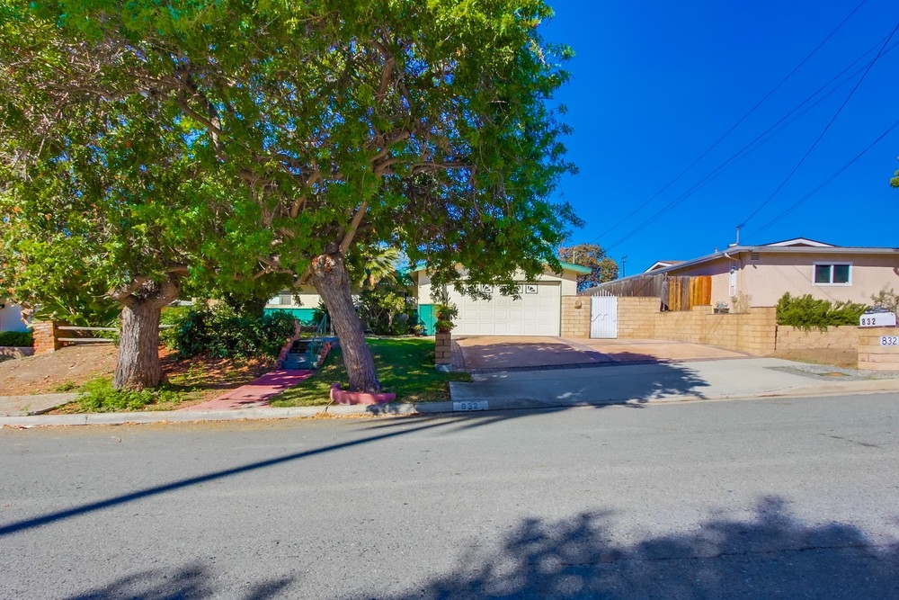 832 Felicita, Spring Valley, CA 91977