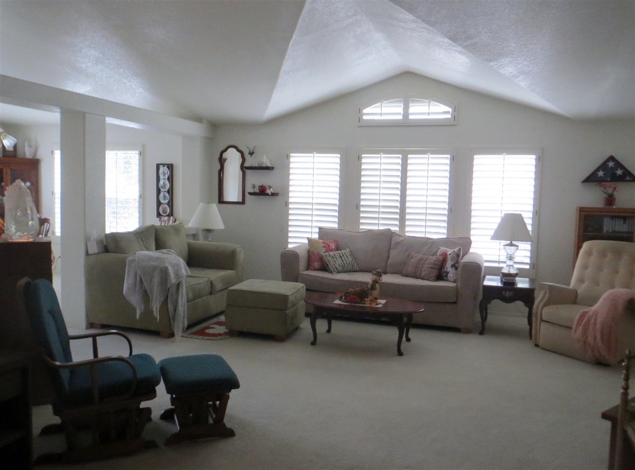 8975 Lawrence Welk Drive #301, Escondido, CA 92026