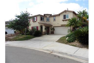 137 Gardenside Ct, Fallbrook, CA 92028