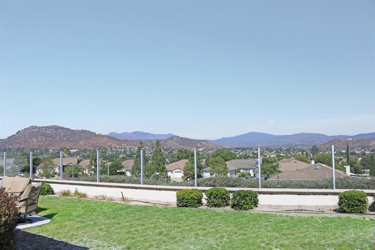 10077 Shenandoah Drive, Santee, CA 92071