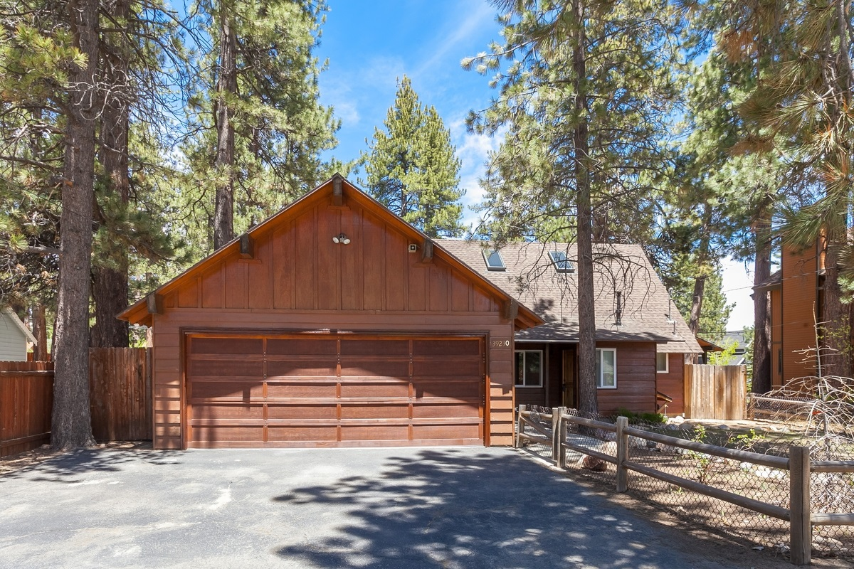 39230 Peak Lane, Big Bear Lake, CA 92315