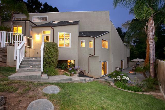 1876 Sefton Pl, San Diego, CA 92107