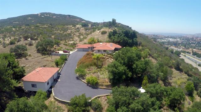 15905 Viewside Ln, El Cajon, CA 92021